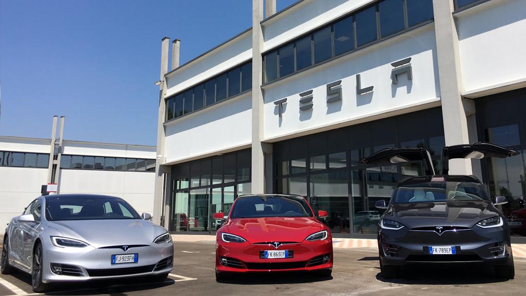 Tesla Milano Assistenza